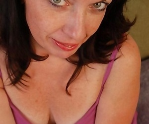 Big-titted mature fledgling gonzo - part 2470