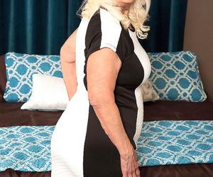 Vikki vaughn pounds her daughters boyfriend - part 3012