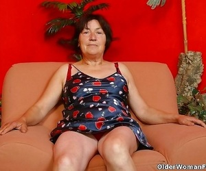Over 70 granny olive dildoing sadism pussy - part 4811