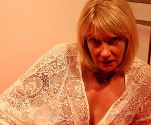 Wild british housewife amy goodhead deepthroating in pov..