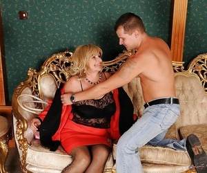 Huge busted granny gets her hairy cunt fingered and..