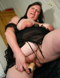Obese older lady Katty A whips out her hefty knockers..