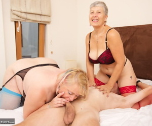 Round mature granny Savana & her huge pal share thin cock..