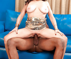 Big-titted brown-haired granny Rita Daniels getting nut..