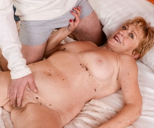 Light-haired chubby granny Malya deepthroats a youthful..