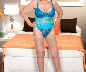 Brief haired grandmother Lin Boyde shows off her creampied..
