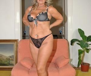 Amateur mature blond with large knockers Karola gets toyed..