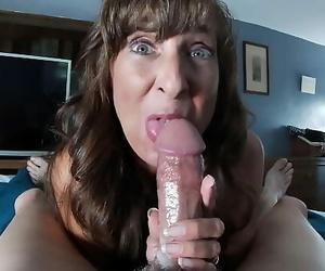 Cum Hungry Mother Gulp Compilation 11 min 1080p