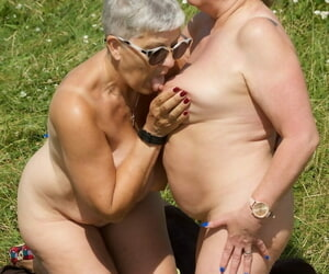 Old amateur Savana has lesbo hookup with a gf on a blanket..