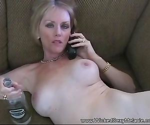 Free Premium Video Amateur Cumslut Melanie MILF