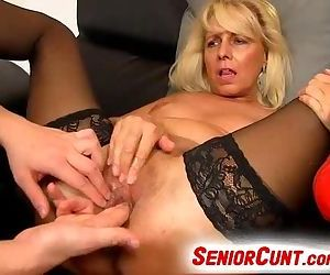 Milf pussy spreading on close-ups feat. czech cougar Koko Margit