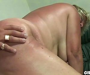 Old granny gets her hairy pussy fucked by perverted dude - 6 min