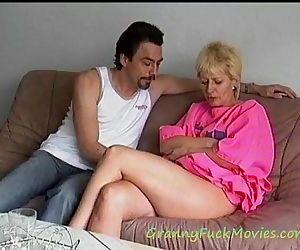 Hard pounding granny Mathilde - 1 min 41 sec