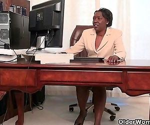 Office grannies Amanda and Penny strip off and playHD