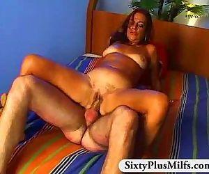 grandma hottie fucking - 5 min