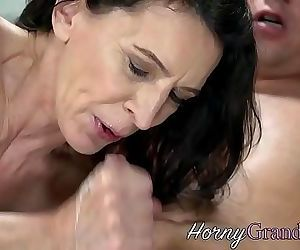 Mature old lady railed 6 min HD