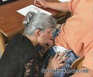 Granny Jo gets the job done - 5 min
