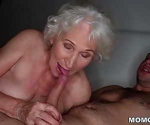 Be quiet, my husbands sleeping!Best granny porn ever! 6 min 1080p