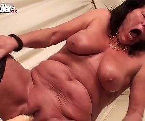 FUN MOVIES Granny rides Monster Dildo - 1 min 44 sec HD