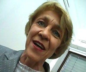Oma macht gern Sextreffen - German Granny likes livedates - 6 min