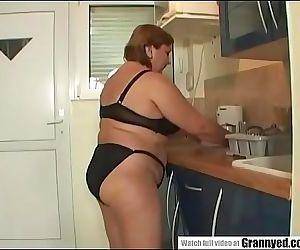 Chubby mamma 6 min