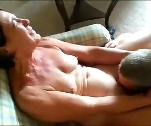 Cuckolding Mature Wife Gets Eaten Out - 1 min 14 sec