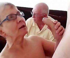 Pareja de 76 años con corneador LustyGolden 24 min