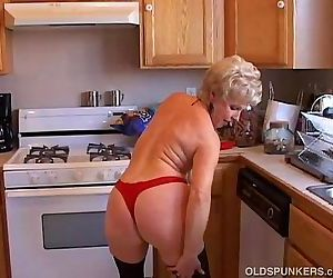 Very sexy grandma has a soaking wet pussy - 9 min