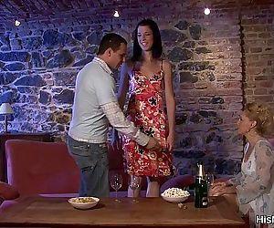 Milf lesbian seduces her sons gf - 6 min HD