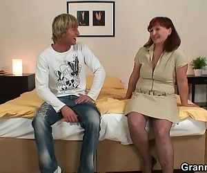 Granny tourist gets pounded - 6 min