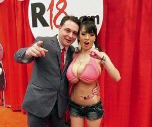 Hitomi Tanaka with Anri Okita:..