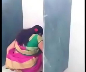 Desi teacher in rest room 20 sec