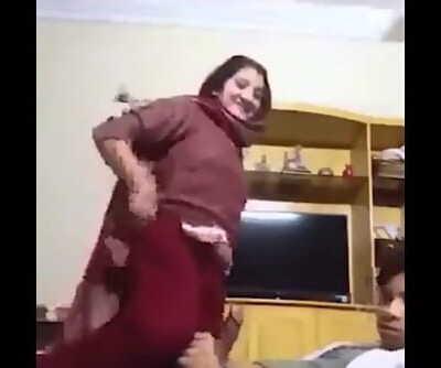 Desi Mummy Ride a Teenage Boy