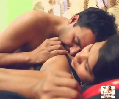 Warm desi shortfilm 60 - Knockers squeezed & smooched in bra, belly button kiss, smooch
