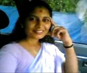 Kerala Aunty Shanthi boob Show in Omni Van - 2 min