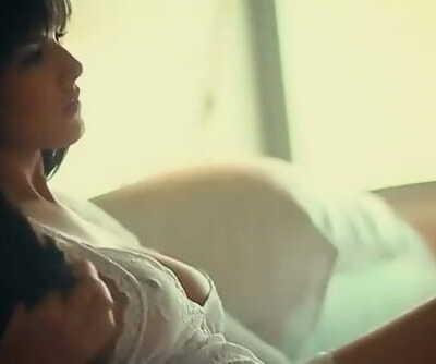 International Sex industry star Sunny Leone HQ Mp4 XXX Movie