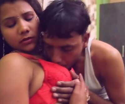 Molten desi shortfilm 63 - Hooters gripped & wrung hard in red bra,navel kiss
