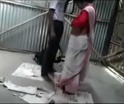 Desi college fellow nailing a horny bhabhi in garage 24 min