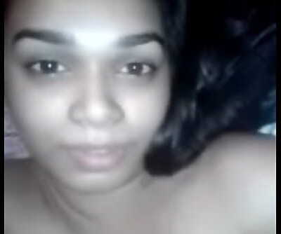 Indian Chick groaning loud Sixty-nine sec