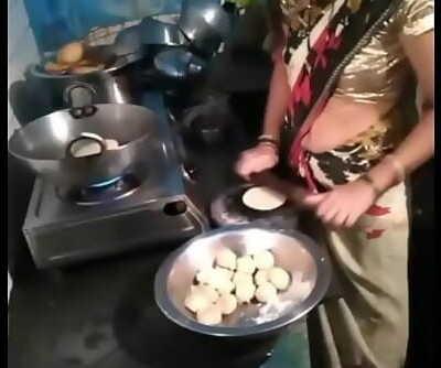 INDIAN OPEN NAVEL BELLY DANCE 60 15 sec