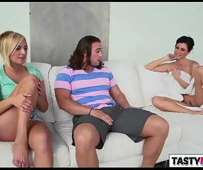 Threeway with mom India Summer and Girlfriend Kate England 8 min 720p