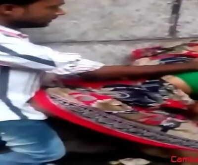 Main dengan pelacur India. 58 sec