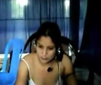 BANGLADESHI - MONIKA in call center