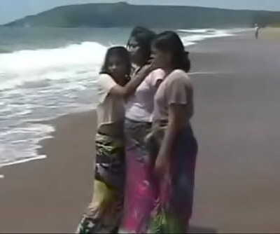 Indian Honey lovemaking with tourist 24 min