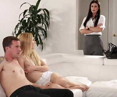 India Summer teaching Alexa Grace and Jessy Jones 6 min