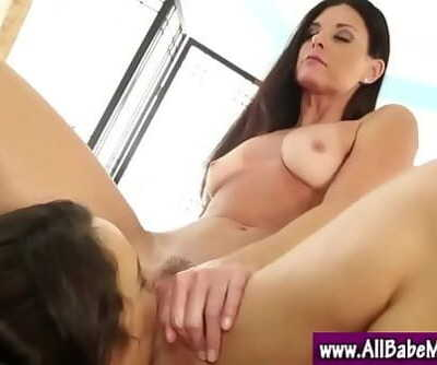 Massage babe lesbian beaver play 5 min 720p
