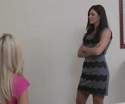 India Summer sells her furniture to Adriana Sephora 6 min 1080p