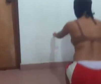 Srilankan Duo Fuck at the Gym ජිම් එකේදී පුක පෙන්නලා උන වැඩේ.....