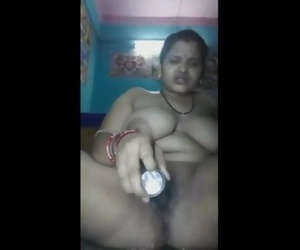 Indian Mummy Married Chick Jerk Finger-tickling