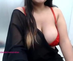 Roma Indian Thick Boobs Bhabhi Display her Utter Assets..